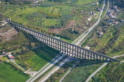 Dintorni - Ponti della Valle - acquedotto carolino