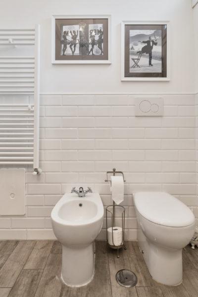 Alfred Eisenstadt - bagno - camera superior - dettagli