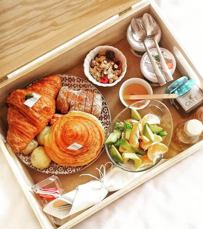 Breakfast box!